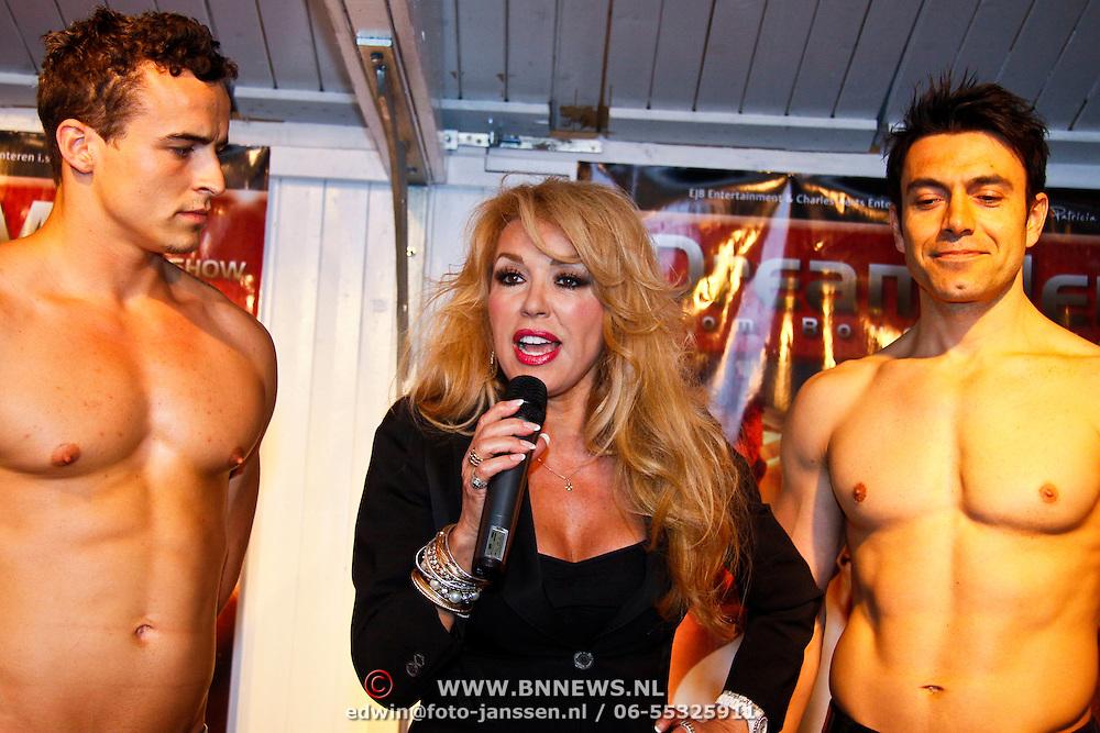 NLD/Amsterdam/20100503 - Presentatie Patricia Paay DreamMen show ,