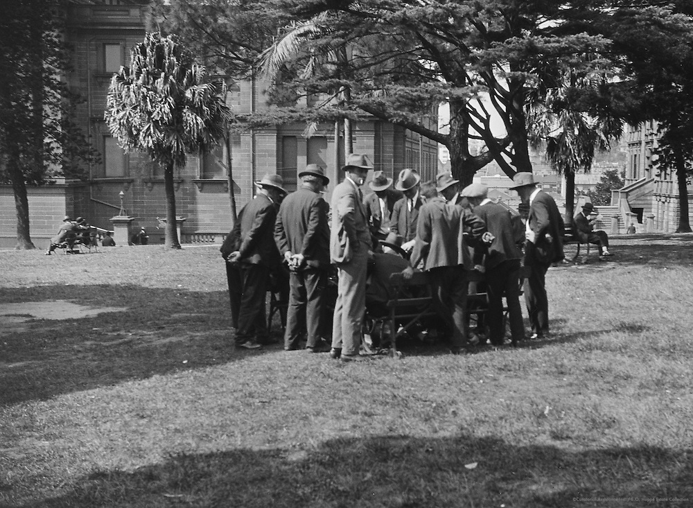Meeting in Hyde Park, Sydney, Australia, 1930