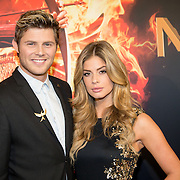 NLD/Amsterdam/20151116 - Filmpremiere The Hunger Games: Mokingjay-part 2, Tim Douwsma en partner Stephanie Tency