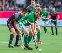 ANTWERPEN - Kirk Shimmins (Irl)  tijdens Nederland-Ierland mannen  bij het Europees kampioenschap hockey.  WSP /  KOEN SUYK