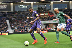 October 29, 2017 - Toulouse - Matmut Stadium, France - Issa Diop  (toulouse)  vs Hernani  (Credit Image: © Panoramic via ZUMA Press)