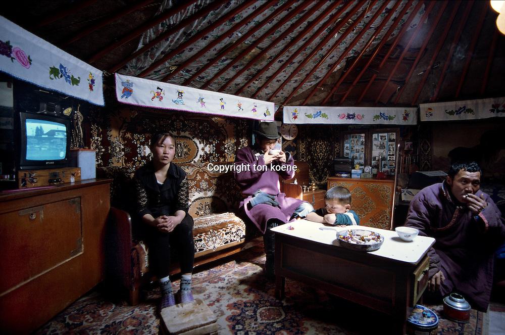 Mongolian house (yurt)