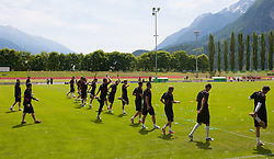 18.05.2012, Dolomitenstadion, Lienz, AUT, UEFA EURO 2012, Trainingscamp, Polen, Training, im Bild das Team beim Aufwärmen vor dem Training // the team warming up before second training of polish National Footballteam for preparation UEFA EURO 2012 at Dolomitenstadion, Lienz, Austria on 2012/05/18. EXPA Pictures © 2012, PhotoCredit: EXPA/ Johann Groder