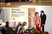 Prinses Margriet opent presentatie 'Wij gaan naar Canada' in het Nederlands Openluchtmuseum in Arnhem. De presentatie vertelt het verhaal van de emigratiegolf van Nederlanders naar Canada in de jaren 50.