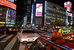 Movimento noturno no distrito de Shinjuku, Japão. FOTO: Jefferson Bernardes/Preview.com