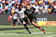 Tone Ng Shiu runs in to score during Day 3 of the HSBC World Rugby Sevens, Mens Semi Final match between New Zealand and Fiji, 2019, Spotless Stadium, Saturday 3rd February 2019. Copyright Photo: David Neilson / www.photosport.nz