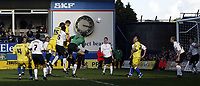 Photo: Marc Atkins.<br />Luton Town v Leeds United. Coca Cola Championship. 21/10/2006.  Haydn Foxe scores for Leeds Utd.