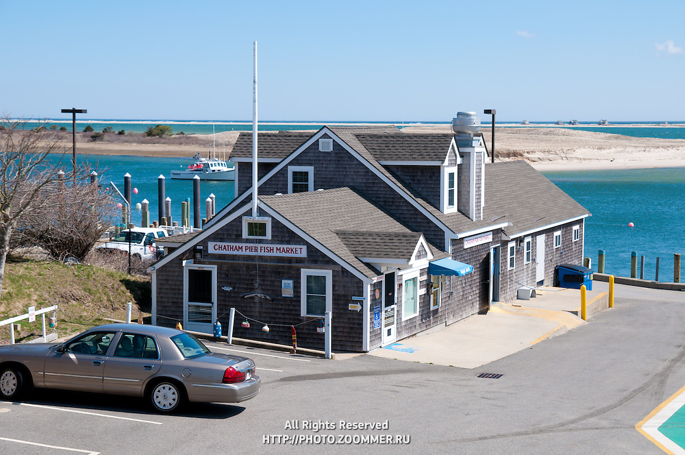 Chatham pier fish market on Cape Cod, MA