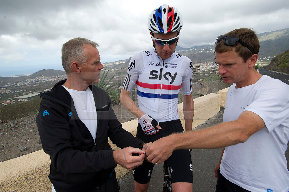 © London News Pictures. File picture dated. 19/05/2012. Tenerife, Spain. SHANE SUTTON (left) with Three time Olympic gold medalist cyclist BRADLEY WIGGINS (centre) and head conditioner TIM KERRISON (right) during training on the island of Tenerife in Spain. British Cycling technical director Shane Sutton has been suspended amid an investigation into discrimination allegations.. Photo credit: Ben Cawthra/LNP