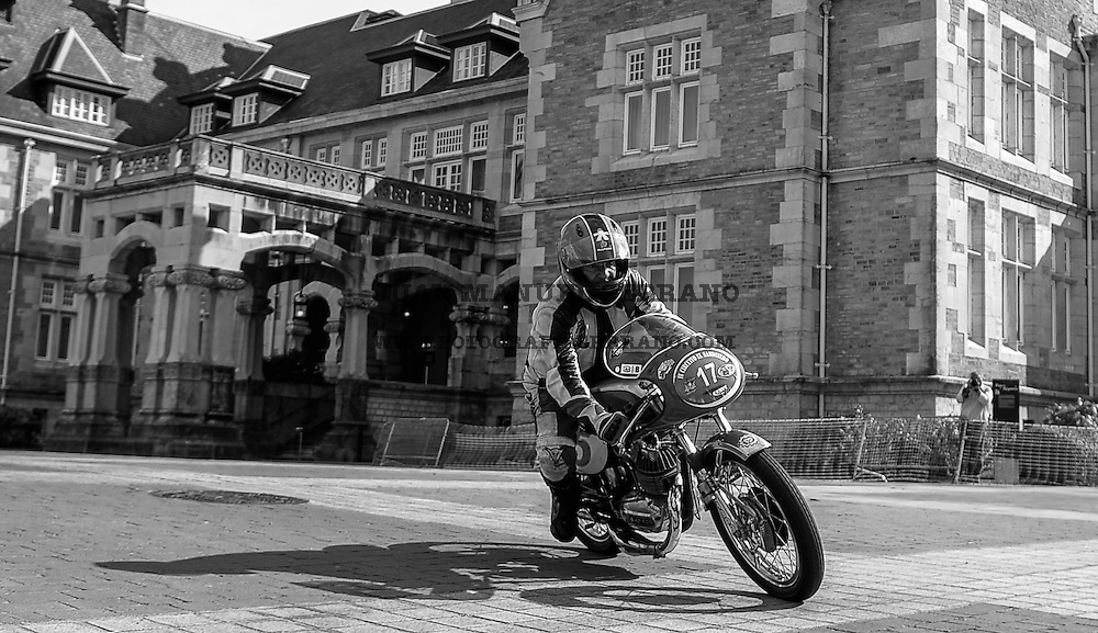 29-09-2013 Santander<br /> IV Gran Carrera Motos Clasicas en el Palacio de la Magdalena<br /> Julio Poncela Rodriguez, con la moto Bultaco Sport Sprint<br /> Fotos: Juan Manuel Serrano Arce