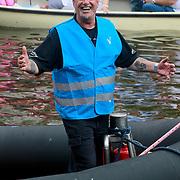 NLD/Amsterdam/20110806 - Canalpride Gaypride 2011, beveiliging