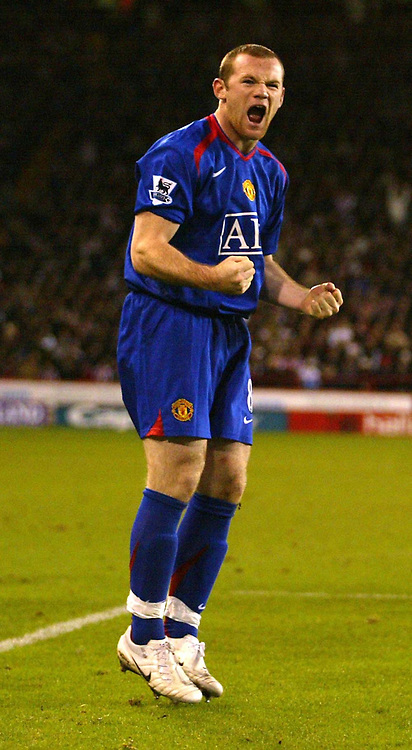 Photo: Aidan Ellis.<br /> Sheffield United v Manchester United. The Barclays Premiership. 18/11/2006.<br /> manchester's Wayne Rooney celebrates his second goal