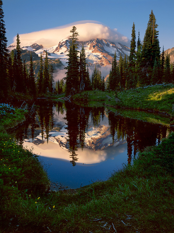 Mirror Lakes, evening light, August, Indian Henry Hunting Grounds, Mount Rainier National Park, Washington, USA