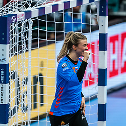 Tess Wester of Netherlands celebrate during the Women's EHF Euro 2020 match between Netherlands and Hungry at Sydbank Arena on december 08, 2020 in Kolding, Denmark (Photo by RHF Agency/Ronald Hoogendoorn)