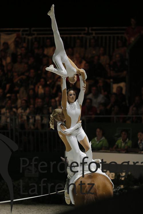 , Delia<br /> Normandie - WEG 2014<br /> Mannschaftskür<br /> © www.sportfotos-lafrentz.de/ Stefan Lafrentz