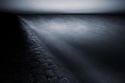 The Waddenzee dike at night // De Waddenzeedijk bij nacht.