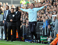 Football - 2016 /2017 Championship - Fulham vs Queens Park Rangers<br /> <br /> QPR assistant Manager David Oldfield,at Craven Cottage<br /> <br /> Credit : Colorsport / Andrew Cowie