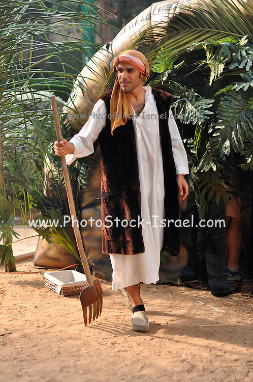 a young man dressed as an Israelite old Hebrews dress code