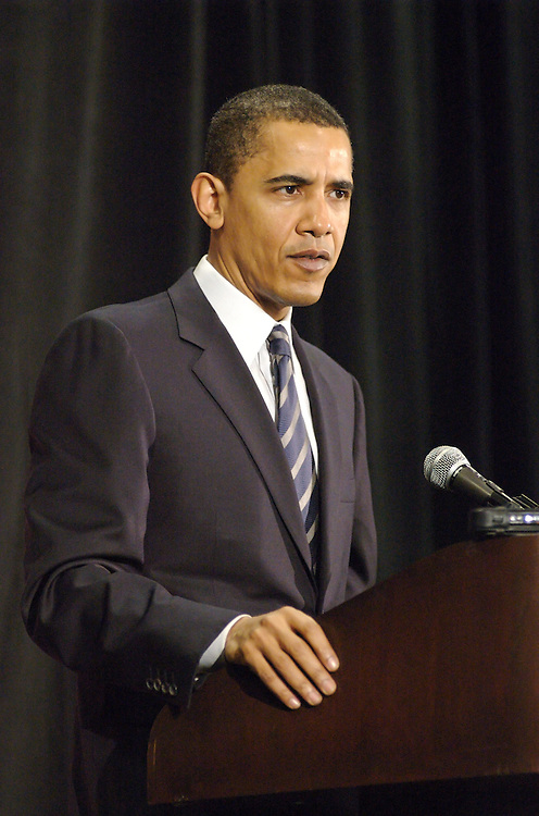 Democratic presidential candidate Barack Obama at press conference before holding rally at the Midwest Airlines Center in Milwaukee, Wisconsin on February 15, 2008.