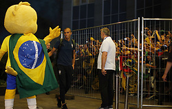 June 25, 2018 - Moscou, Rússia - MOSCOU, MO - 25.06.2018: ARRIVAL OF THE SELECTION IN MOSCOW - Miranda from the Brazilian Soccer Team arrives with crowd at the door of the Renaissance hotel in Moscow, this Monday (25) (Credit Image: © Rodolfo Buhrer/Fotoarena via ZUMA Press)