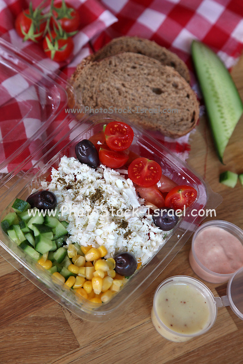 Cheese Salad to go