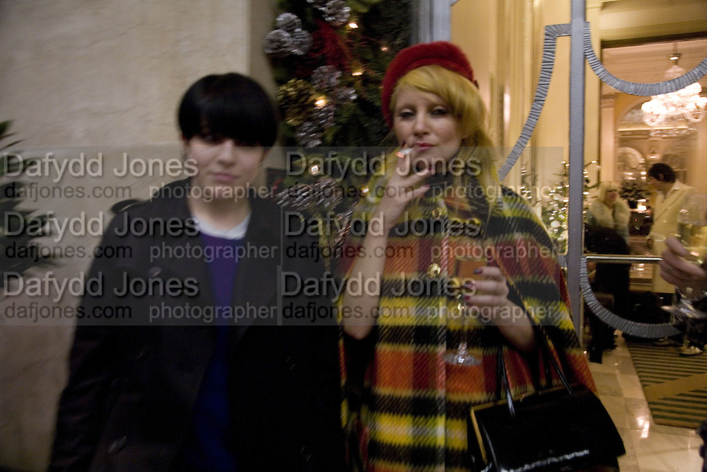 HANNA HANRA AND PRINCESS JULIA, Tim Noble and Sue Webster: Sacrificial Heart. Gagosian . Davies St. London and afterwards Claridges. 11 December 2007. . -DO NOT ARCHIVE-© Copyright Photograph by Dafydd Jones. 248 Clapham Rd. London SW9 0PZ. Tel 0207 820 0771. www.dafjones.com.