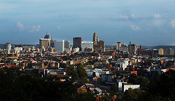 September 3, 2017 - Cincinnati, Ohio, U.S - The downtown area of Cincinnati,Ohio on Sep 4, 2017. As seen from Clifton,Ohio. (Credit Image: © Ernest Coleman via ZUMA Wire)
