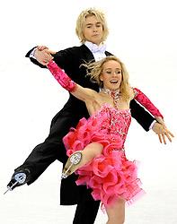 23.03.2010, Torino Palavela, Turin, ITA, ISU World Figure Skating Championships Turin 2010 im Bild Pernelle Carron e Lloyd Jones (FRA)., EXPA Pictures © 2010, PhotoCredit: EXPA/ InsideFoto/ Perottino / SPORTIDA PHOTO AGENCY