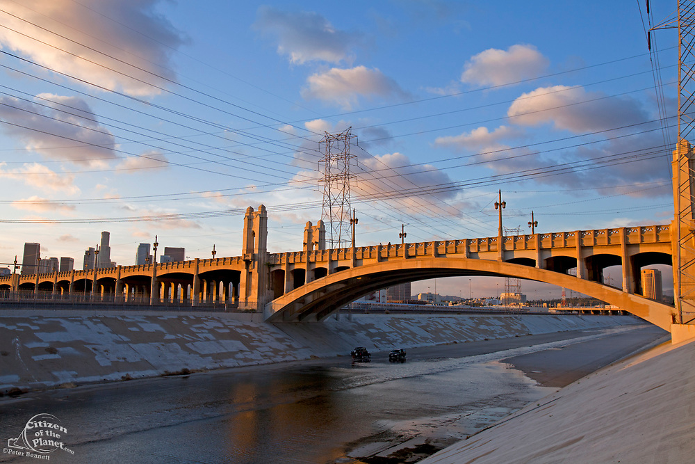 4th Street Bridge over the Los Angeles River, Downtown Los Angeles, California, USA