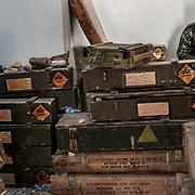 A rebel soldier watches over a weapons stockpile in Brega on March 5, 2011.  Photograph Arnaud Finistre / Hans Lucas <br /> Un soldat rebelle veille sur un stock d'armes à Brega le 5 mars 2011. Photographie Arnaud Finistre / Hans Lucas