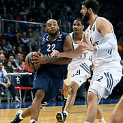 Anadolu Efes's Alfred Jamon Lucas (L) during their Turkish Airlines Euroleague Basketball Game 10 match Anadolu Efes between Real Madrid at the Abdi ipekci Arena in Istanbul, Turkey, Thursday, December 19, 2013. Photo by Aykut AKICI/TURKPIX