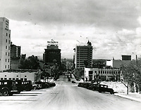 1931 Looking south on Vine St. from Franklin Ave.