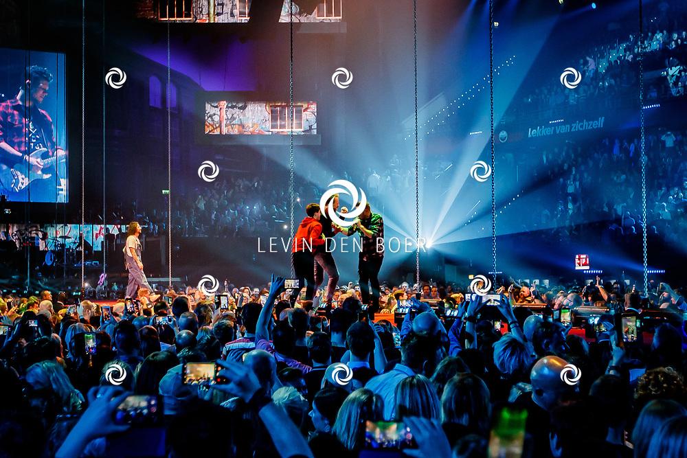 ROTTERDAM - Tijdens het 20 Jarig bestaan van Vrienden Van Amstel Live zijn er verschillende optredens. FOTO LEVIN & PAULA PHOTOGRAPHY VOF