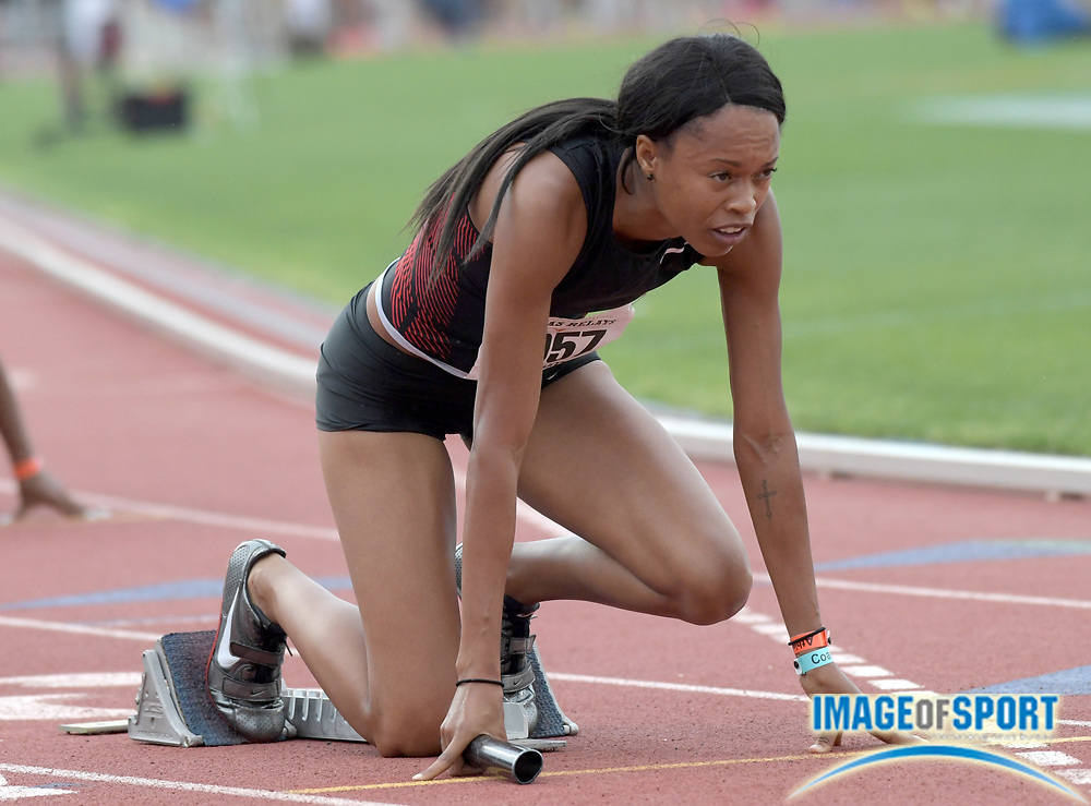 Apr 1, 2017; Austin, TX, USA; Muna Lee in the starting blocks of the women's 4 x 100m relay during the 90th Clyde Littlefield Texas Relays at Mike A. Myers Stadium. Mandatory Credit: Kirby Lee-USA TODAY Sports
