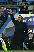 Photo: Lee Earle.<br /> Chelsea v Reading. The Barclays Premiership. 26/12/2006. Chelsea manager Jose Mourinho.