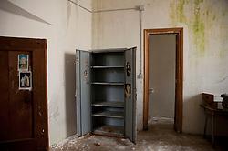 Volturara Appula, 25 aprile 2013.Carcere di Volturara Appula, nel Sub Appennino. Il comune, di 510 abitanti, ospita un carcere costruito negli anni '80, ma mai entrato in funzione.
