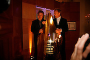 JAMIE OLIVER AND GORDON RAMSAY, 17th Annual Book Awards, hosted by richard and Judy. grosvenor House. London. 29 March 2006. ONE TIME USE ONLY - DO NOT ARCHIVE  © Copyright Photograph by Dafydd Jones 66 Stockwell Park Rd. London SW9 0DA Tel 020 7733 0108 www.dafjones.com
