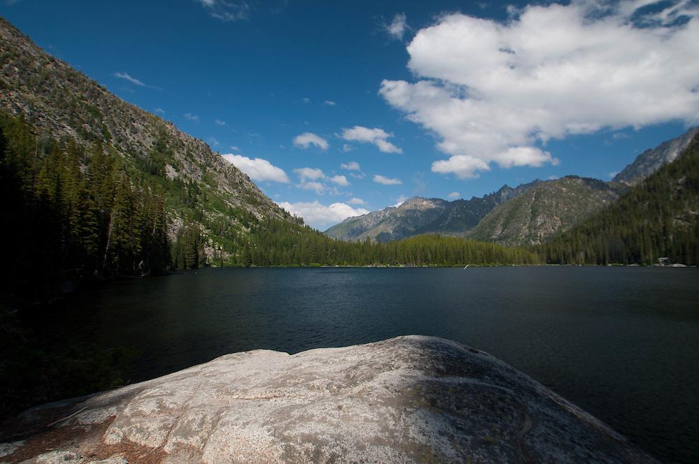 Eight Mile Lake, Alpine Lakes Wilderness, Mt. Baker-Snoqualmie National Forest, Washington, US