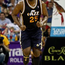 April 11, 2011; New Orleans, LA, USA; Utah Jazz center Al Jefferson (25) against the New Orleans Hornets during a game at the New Orleans Arena. The Jazz defeated the Hornets 90-78.  Mandatory Credit: Derick E. Hingle