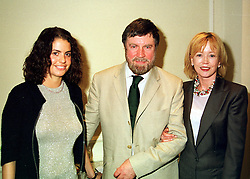 Left to right, MRS CLAUDIA BATES, her father in law MR ALAN BATES and actress ANGHARAD REES at a lunch in London on 9th May 2000.ODO 12