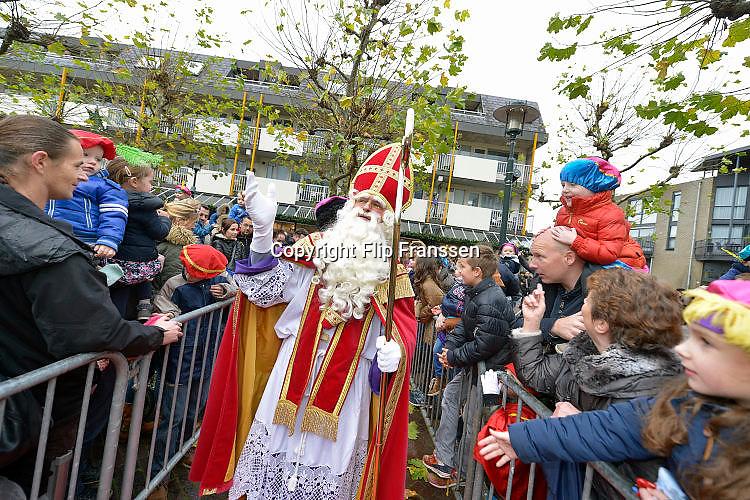 Nederland, Beuningen, 14-11-2015 Aankomst, intocht van de Sint. Foto: Flip Franssen/Hollandse Hoogte