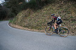 Alexis Ryan descends - 2016 Strade Bianche - Elite Women, a 121km road race from Siena to Piazza del Campo on March 5, 2016 in Tuscany, Italy.