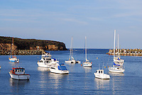 Ulladulla, New South Wales, Australia, natural harbour, boats, yachts, pleasure craft, boating, sailing, recreation, leisure, 201003244873..© Victor Patterson, 54 Dorchester Park, Belfast, N Ireland. Tel: +44 2890661296; Mobile: +44 7802 353836; Emails: victorpatterson@me.com & victorpatterson@gmail.com; www.victorpatterson.com