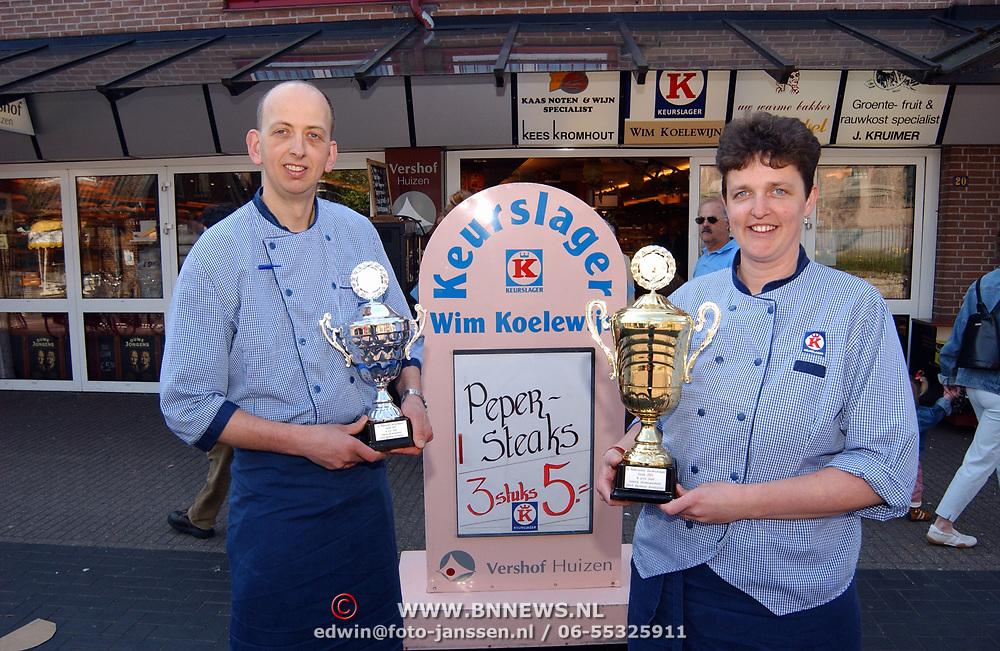 Slager Koelewijn Huizen heeft 1e en 2de prijs barbeque schotels gewonnen