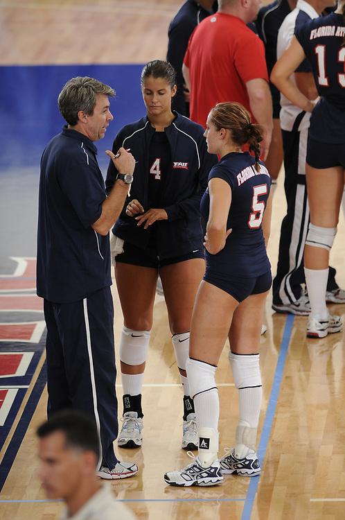 2008 FAU Volleyball vs Northern Iowa