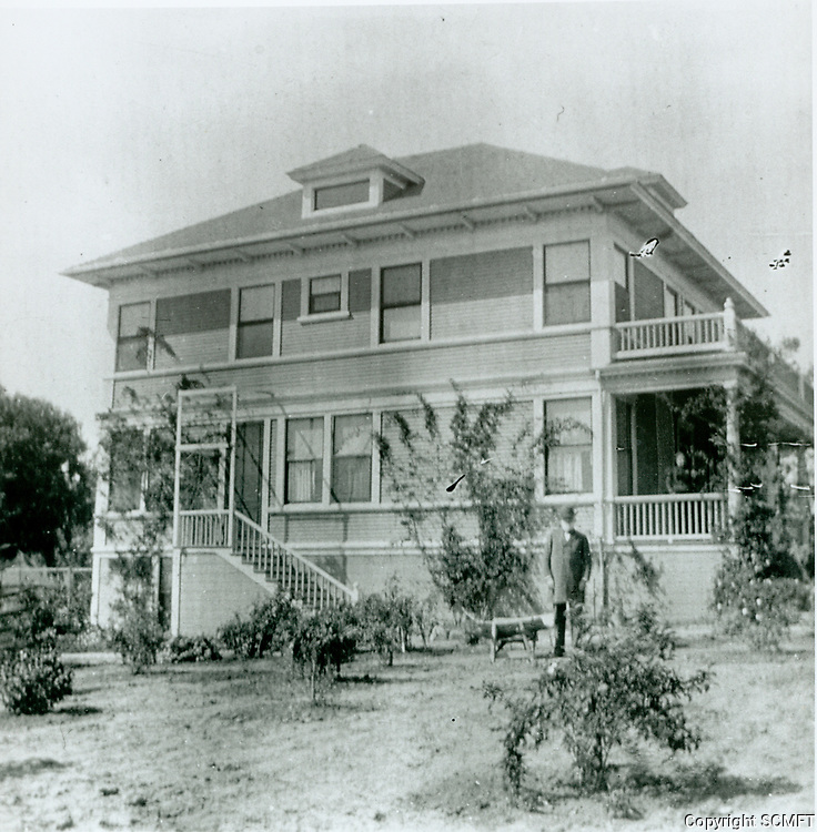 1895 Residence of Philo Beveridge at Ivar & Yucca Ave.