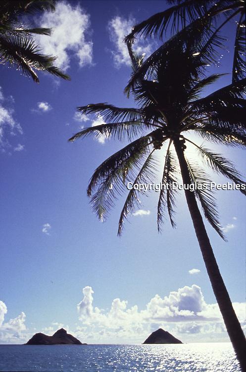 Mokulua Islands, Lanikai Beach, Oahu, Hawaii<br />