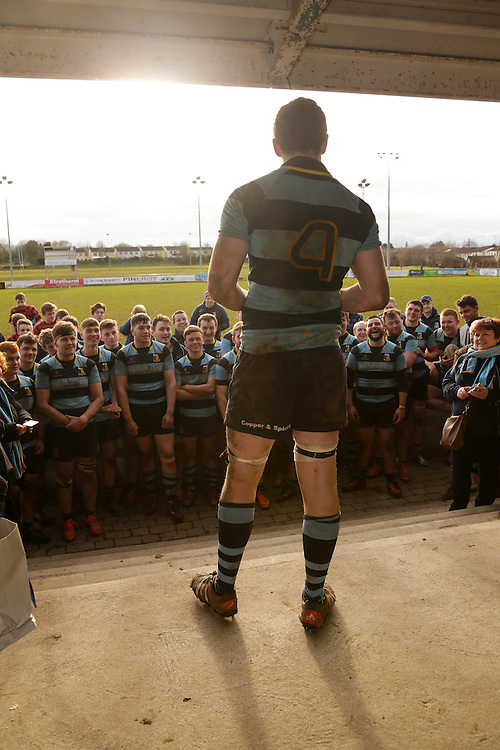 AIL Rugby at Old Balreask, Navan, 6th March 2016<br /> Navan RC vs Trinity<br /> Navan RC captain Paul Rickard speaks to the players after accepting the JP2 cup<br /> Photo: David Mullen /www.cyberimages.net / 2016