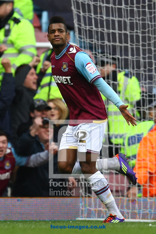 Picture by Paul Chesterton/Focus Images Ltd.  07904 640267.07/05/12.Ricardo Vaz Te of West Ham scores his sides 2nd goal and celebrates during the Npower Championship play off semi final second leg at The Boleyn Ground, London.