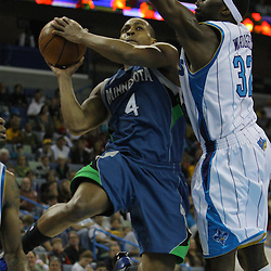 08 February 2009: Minnesota Timberwolves guard Randy Foye (4) drives past New Orleans Hornets forward Julian Wright (32) during a 101-97 win by the New Orleans Hornets over the Minnesota Timberwolves at the New Orleans Arena in New Orleans, LA.
